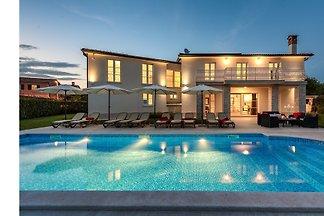 Maison de vacances Istra Villa Labinci
