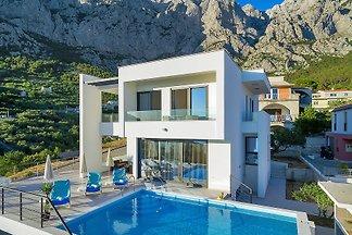 Villa Maslina für 9 Personen