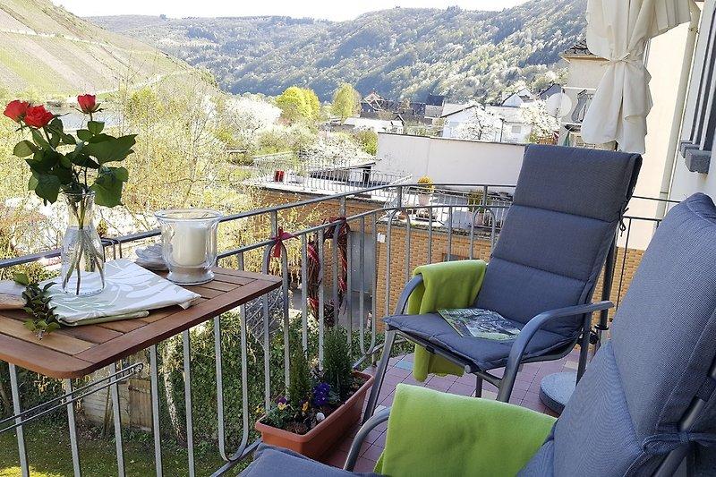 Balkon mit Moselblick