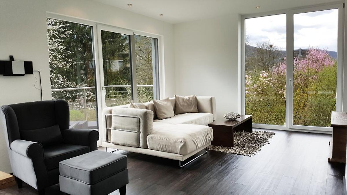 design ferienhaus exclusiv mosel ferienhaus in zell. Black Bedroom Furniture Sets. Home Design Ideas