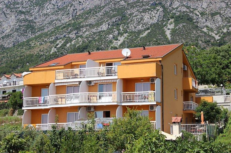 apartamentos MIRNNA en Gradac - imágen 2