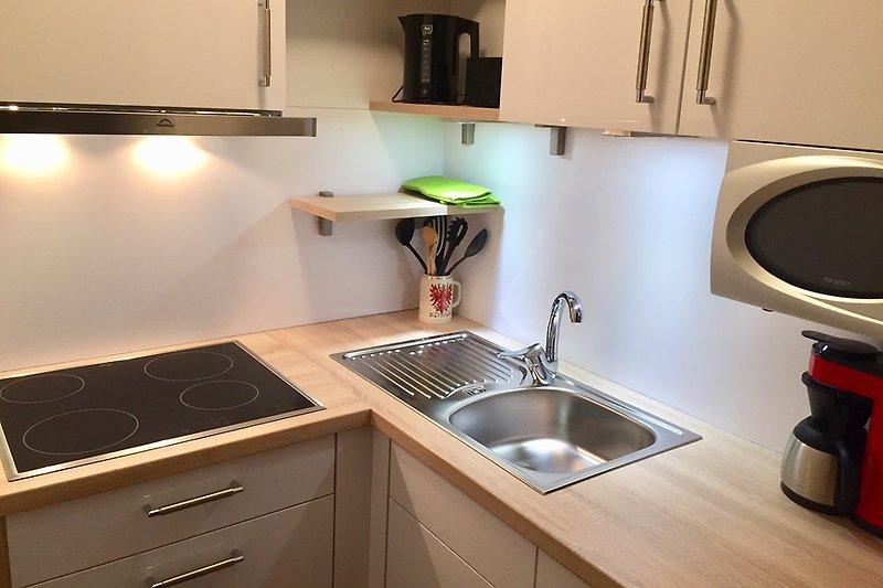 Moderne neue Küche