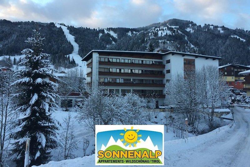 The building Sonnenalp.