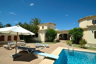 Luxury Finca 150m t beach free WiFi