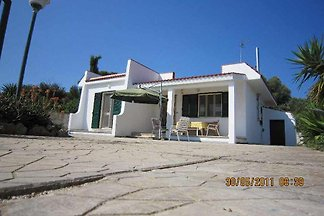 Lovingly furnished and renovated house in a quiet location about 900 meters from the beautiful fine sandy beach with crystal clear water.