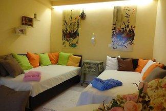 Ferienhaus mit 2 Zimmern, Wohnküche und Bad