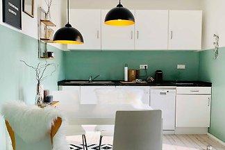 2-Zimmer plus Küche plus Bad