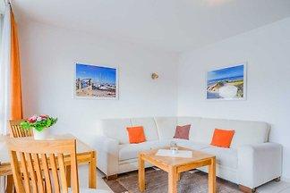 Willkommen in dieser gemütlichen und modernen 2-Zimmer-Wohnung im 1. OG des Hauses Strandburg in der Schützenstrasse in unmittelbarer Nähe zum Zentrum von Grömitz, in einer...