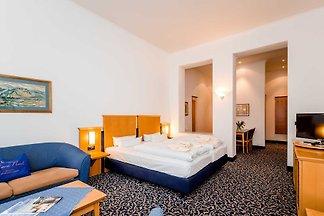 Zimmer 338 (1 Raum Wald Thor)