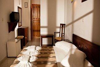Doppel-/Zweibettzimmer mit seitlichem...