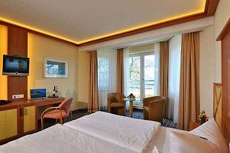 Komfort-Doppelzimmer mit Dachterrasse