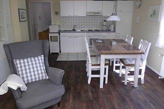 2-Raum FeWo Nr. 2, 45 m², OG, Gartenbenutzung
