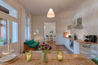 Deluxe Apartment mit zwei Schlafzimmern und W...