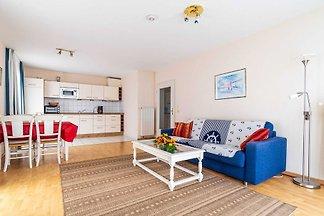 (A 4.E3) 2 - Raum - Apartment mit Balkon