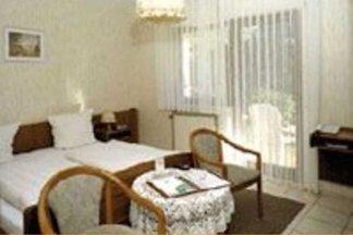 Doppelzimmer mit Balkon