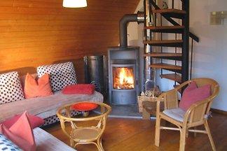 Bei uns finden Sie Ruhe und Entspannung.  Wir bieten Ihnen einen Urlaub oder ein Relax-Wochenende in einem idyllisch gelegenen kleinen Ferienhaus mit separater Gartenanlage, di...