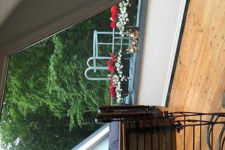 Zwei-Zimmer-Dachgeschoss-Appartment 10