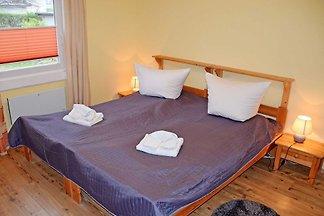 Ferienappartement Luv mit Terrasse