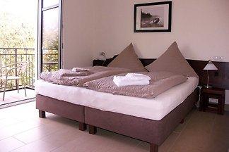 Doppelzimmer 21 mit Balkon Haus Max