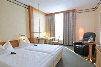 Hotel Cultuur en bezienswaardigheden Sendersdorf-Brehna