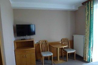Einzelzimmer 1