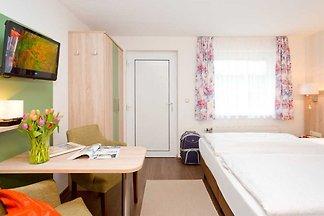 Doppelzimmer mit Pantryküche (H)