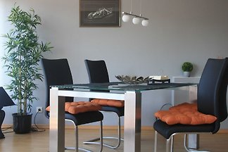65qm 2.5 Raum FeWo mit Balkon und unverbaubar...