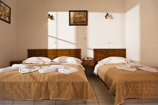 Vierbettzimmer mit seitlichem Meerblick