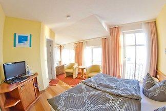 3) Doppelzimmer mit Panoramameerblick