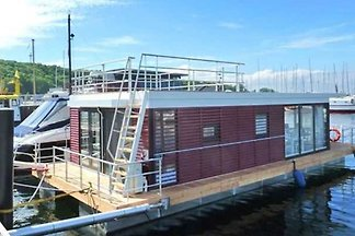 House boat holiday for singles Laboe