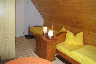 Doppelzimmer 1 mit zwei Einzelbetten