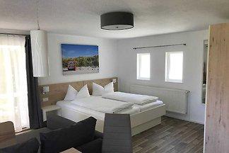 Wohnung 8 (1 Zimmer)