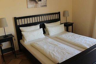 Apartment mit 2 Schlafzimmern(4)
