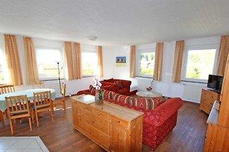 Die Ferienwohnungen befinden sich im Gästehaus einer Ferienanlage mit weiteren Gästewohnungen, Doppelzimmern und Ferienbungalows.