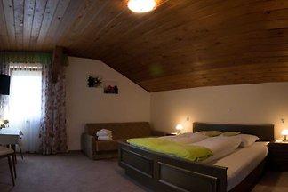 Doppelzimmer mit Zusatzbett 1