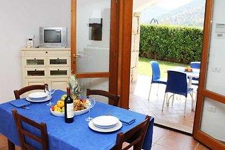 Holiday flat family holiday Tanaunella