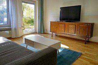 Sonnige EG-Wohnung mit Garten Terrasse in...