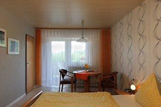 Doppelzimmer gelb