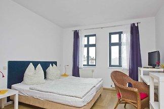 Haus: 300m², 7-Raum, 16 Pers.