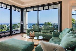 Villa Claire Ocean Blue