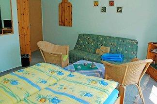 05 Doppelzimmer mit Terrasse