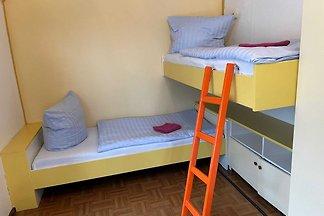 Familien-Zimmer zwei Einzelbetten Nr. 2