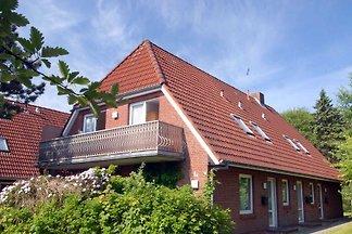 Ferienwohnung am Wald in St. Peter-Dorf   Das klassische Rotklinkerhaus in St. Peter liegt am Rand eines Waldes und in der Nähe des Westküstenparks im Ortsteil Dorf.