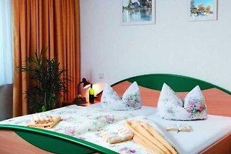Doppelzimmer mit Aufbettung 1 online