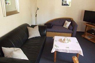 Das Haus Antje verfügt über eine 2-Zimmer Ferienwohnung und liegt sehr ruhig in der Nähe des Kellersees im Kneippheilbad und heilklimatischen Kurort Bad Malente-Gremsmühlen.