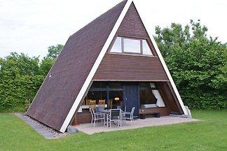 Zeltdachhaus für die ganze Familie