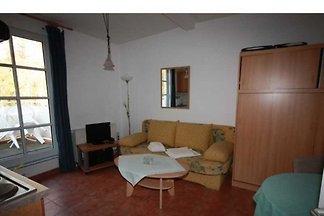 Verbringen Sie Ihre Ferien in Dierhagen, dem Tor zur Halbinsel Fischland Darss. Preiswerte, komfortable Ferienwohnungen für 2 - 4 Personen in einer Appartementanlage direkt am...