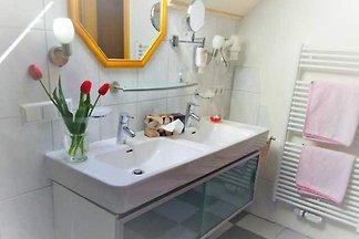 Suite mit WC und Dusche/Bad für 2-4 Personen