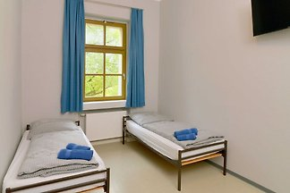 Zweibettzimmer (Gemeinschaftsdusche/WC/Waschb...