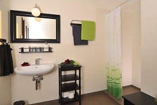 In diesem charmanten Ferienhaus befinden sich 6 Ferienwohnungen mit jeweils 40 qm, von denen die letzten beiden im Mai 2016 fertiggestellt wurden.